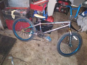 Kent 20 in freestyle fantasy bike. for Sale in Fresno, CA
