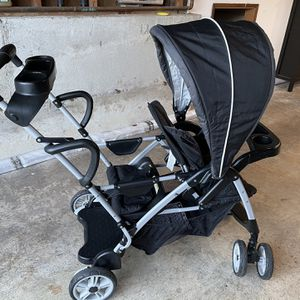 Graco Roomfor2 Sit And Stand Stroller for Sale in Bothell, WA