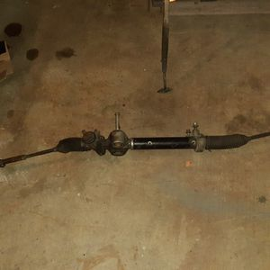 2009 chevy 1500 truck steering rack and pinion for Sale in Watsonville, CA