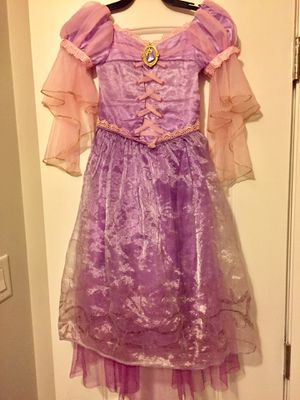 Rapunzel Disney girls costume size 4T for Sale in Niles, IL