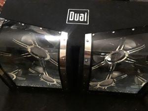 "Box spekears Dual 2 12"" lights inside the box good cond. for Sale in Las Vegas, NV"