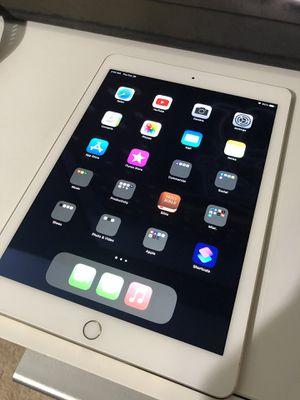 iPad Air Gold 64GB for Sale in San Antonio, TX