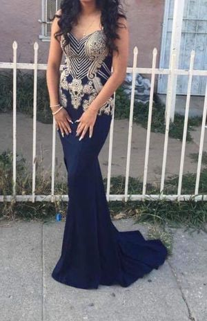 Beautiful prom dress for Sale in Los Angeles, CA