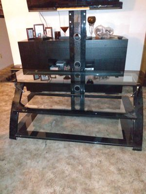 Very nice tv stand for Sale in Madera, CA