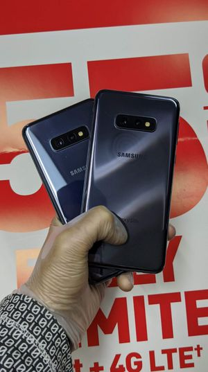 Samsung Galaxy S10e 128gb Factory Unlocked, Like New! OPEN (11:30AM-6PM) for Sale in Arlington, TX