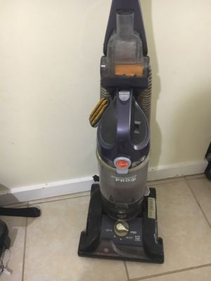 Vacuum cleaner for Sale in Germantown, MD