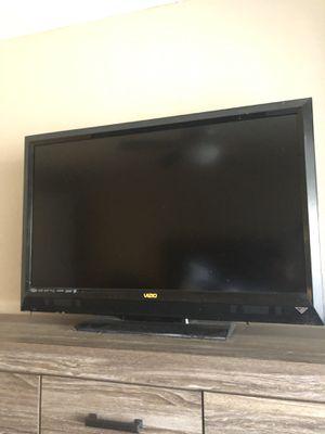 40 inch Vizeo tv for Sale in Scottsdale, AZ