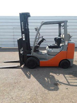 2014 Toyota 6000lb Forklift for Sale in Phoenix, AZ