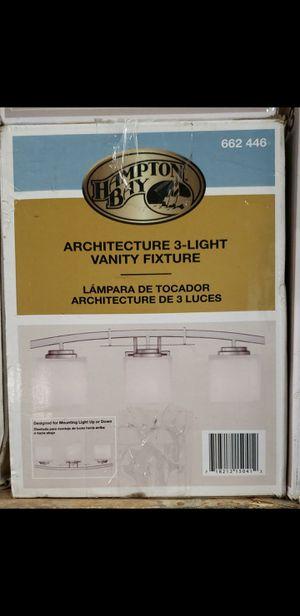 3 light vanity fixture for Sale in Bakersfield, CA