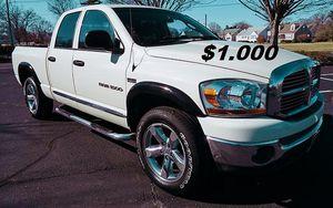 🌟$1,OOO Selling my 2006 Dodge Ram 1500 SLT.🌟 for Sale in Hartford, CT
