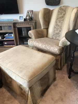 armchair two pieces for Sale in Franklin, TN