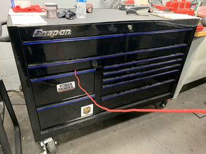 Snap on 2-bay tool box with power drawer for Sale in North Las Vegas, NV