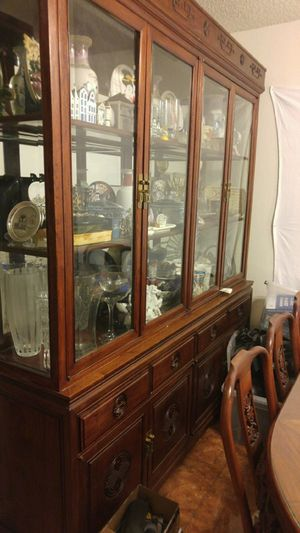 Platera vintage cabinet and Collectible a Items for Sale in Las Vegas, NV