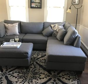 "New in box grey sectional sofa ottoman included / reversible sectional 104""x 75"" for Sale in Lakewood, CA"