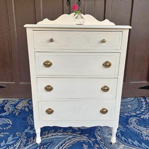 1920's Vintage Shabby Chic Highboy Dresser for Sale in Quakertown, PA