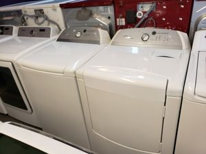 Whirlpool top loads washer and dryer electric for Sale in Katy, TX