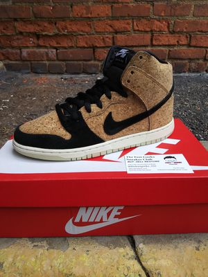 NIKE SB DUNK HIGH PRO CORK SIZE 8.5 US MEN SHOES for Sale in Cleveland, OH
