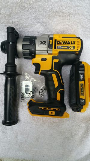 DEWALT HAMMER DRILL 3 SPEED AND BATTERY 2.0 for Sale in Compton, CA