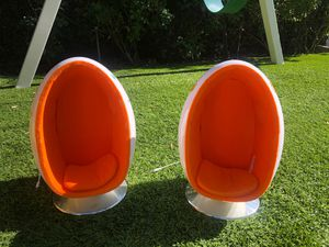 American Girl Egg chairs for Sale in Beverly Hills, CA