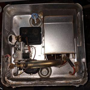 Propane Water Heater For Travel Trailer for Sale in Casa Grande, AZ