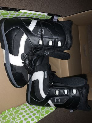 Morrow snowboard boots. Men's Size 9 for Sale in Hayward, CA