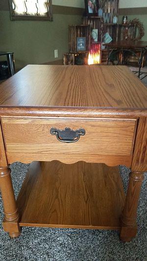 Oak End Table for Sale in Delphos, OH