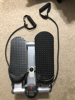 40$. New portable elliptical for Sale in Port St. Lucie, FL