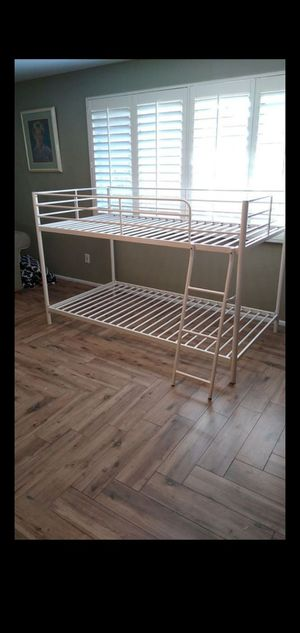 Twin bunk bed for Sale in Phoenix, AZ