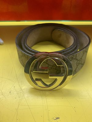 Gucci belt for Sale in Phoenix, AZ