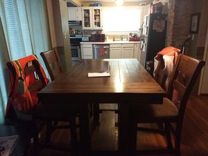Dining room table for Sale in Aberdeen, WA