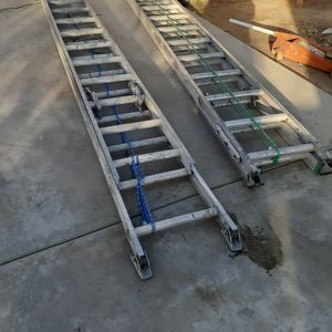 24 Foot Extendablel 2 Psc for Sale in Colton, CA