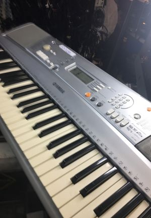 Yamaha keyboarb bpt 300 for Sale in Chicago, IL