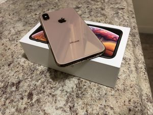 iPhone Xs Gold Unlocked 512 gb -$600 for Sale in National City, CA