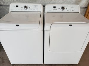 MAYTAG bravo washer and dryer electric for Sale in Phoenix, AZ
