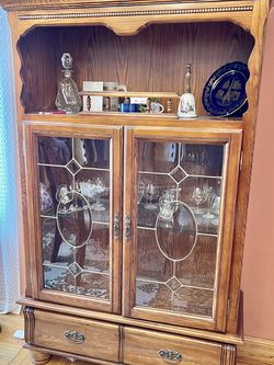 ► Beautiful China cabinet made of solid wood for Sale in Colma,  CA