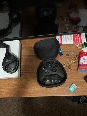 Xbox elite controller series 2 for Sale in Wichita, KS