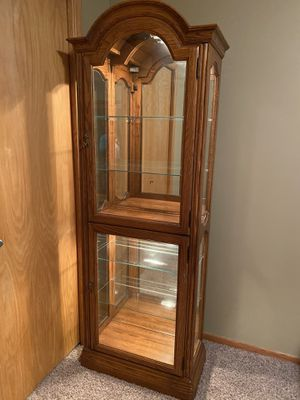 Six shelf light Curio Cabinet. Both upper and lower lock w/key. for Sale in Minneapolis, MN
