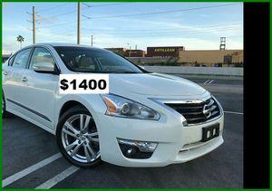$1400 Nissan Altima for Sale in Salem, OR