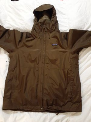 Mens patagonia jacket large for Sale in Candler, NC