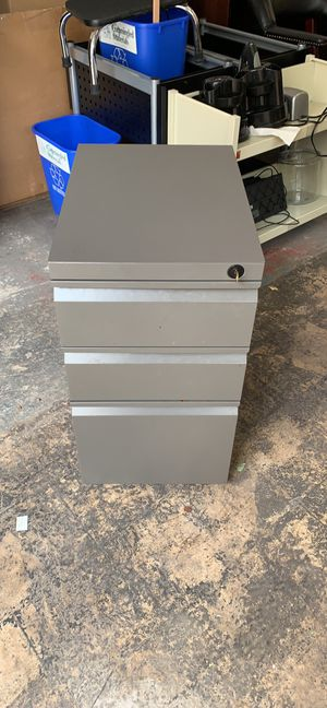 Filing cabinets for Sale in Gaithersburg, MD