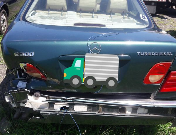 Mercedes E300 AUTO Parts