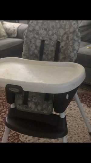 Baby high chair for Sale in The Bronx, NY