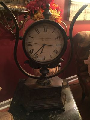 1st Edition— Antique Quartz Clock by Winston Clock Co. for Sale in Raeford, NC
