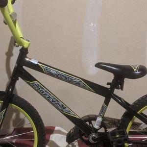 Huffy Rock It Boys 20 Inch Bike for Sale in Fishers, IN