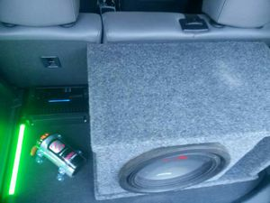 Alpine Speaker, 1000W JL Amp, and Compacitor for Sale in Zebulon, NC