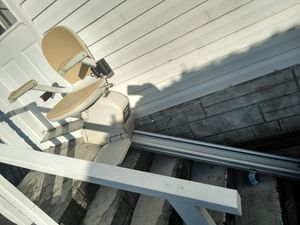 Electric chair lift for Sale in Coconut Creek, FL
