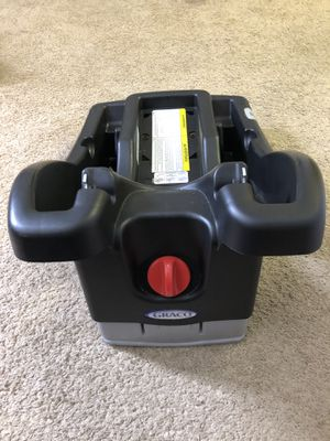 Two Graco Car seat base for Sale in Silver Spring, MD