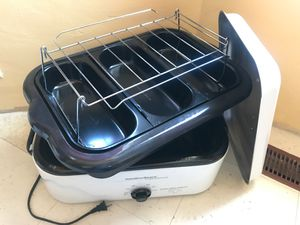 18 qt roaster. U can cook it all. for Sale in San Diego, CA