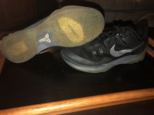 Sz11 Nike Zoom Kobe Venomenon 5 for Sale in Raleigh, NC