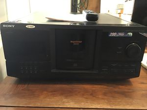 Sony Compact 200 Disc Player for Sale in Henderson, NV
